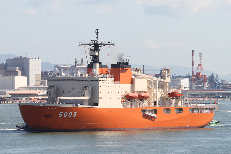 AGB-5003・砕氷艦しらせ ●Spec ●基準排水量:12650t/満載排水量22000t