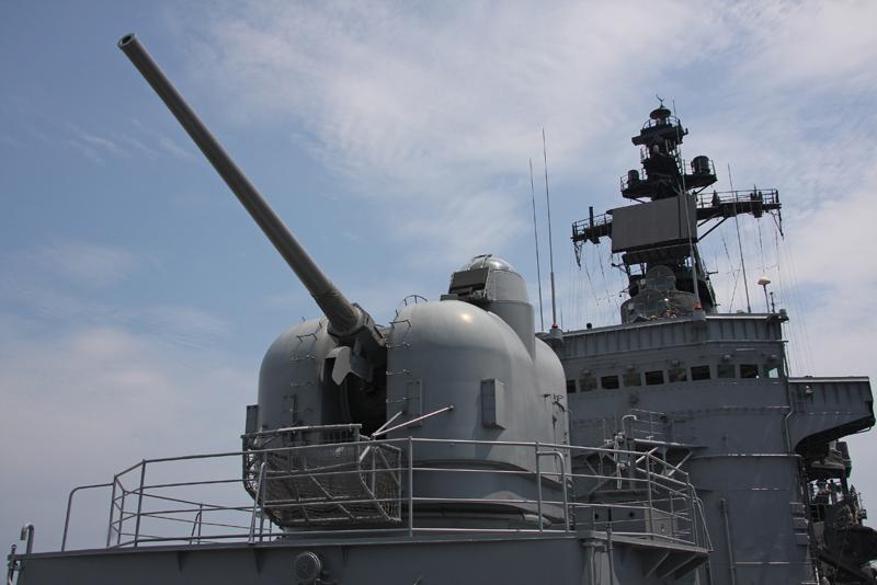 5インチ砲 後ろ 52番砲  5インチ砲 後ろ 52番砲  144・護衛艦くらま